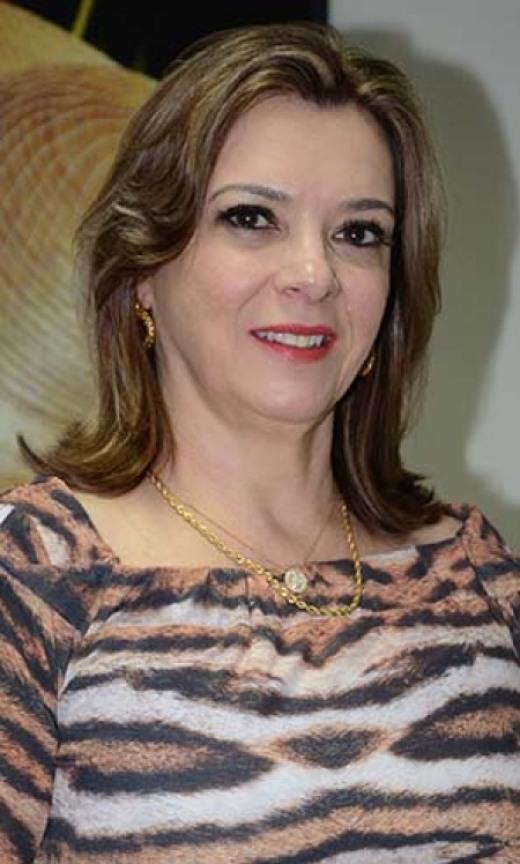 Denise Rocha Domingues - presidente FOMENTO_520.jpg