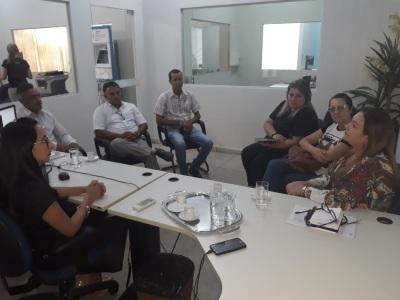 Reunião realizada no Sebrae com a participação do Governo do Estado, prefeitura e representante do setor