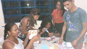 FOTO 04 - Oficina leva novidade para alunos e desperta o desejo de aprender e compartilhar com sua família_Crédito Divulgação-Naturatins.jpeg