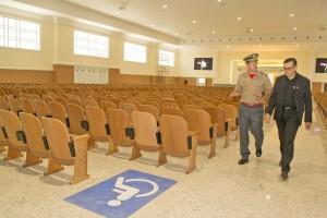 Comandante geral visita novas estruturas da Igreja Universal