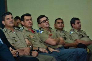 Coronel Leandro (segundo à esquerda), presente na palestra sobre novas tecnologias