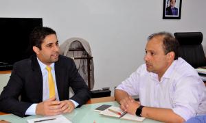 O secretário-chefe da Casa Civil, Rolf Vidal, se reuniu com o deputado Gleydson Nato, no Palácio Araguaia