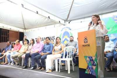 A titular da Seduc, Adriana Aguiar, destacou o trabalho realizado nos Colégios Militares