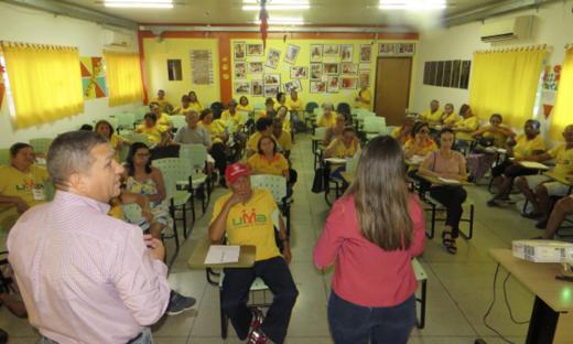 Consultor financeiro, Reginaldo Pontes, falou sobre consignados, fraude e endividamento
