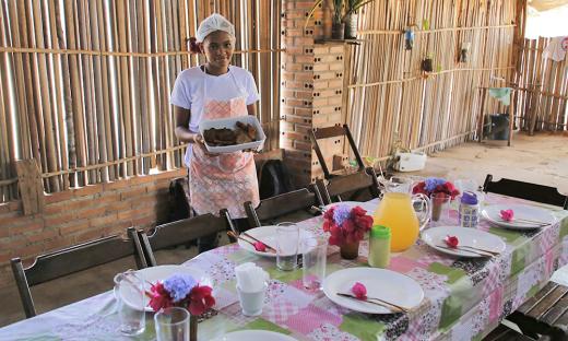 Sede da Associação Comunitária do Prata possui restaurante para turistas