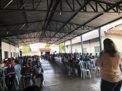 Reunião com famílias beneficiárias do Programa Bolsa Família no município de Aliança do Tocantins