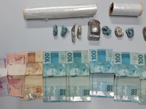 Drogas e dinheiro apreendido pela Polícia Civil