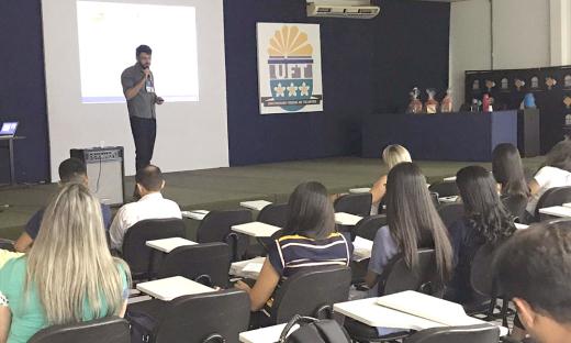 Adapec realiza palestras em inspeção e tecnologia de produtos de origem animal na Semana Acadêmica de Medicina Veterinária da UFT