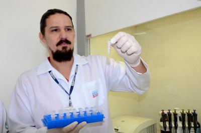 Pesquisa Zika Virus Foto-Antonio Gonçalves (16)_400.jpg