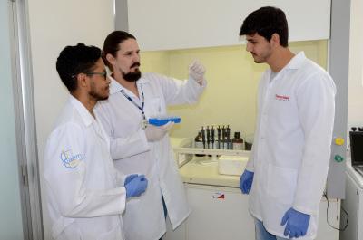 Pesquisa Zika Virus Foto-Antonio Gonçalves (15)_400.jpg