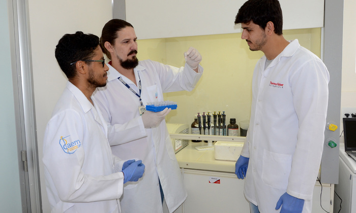 Pesquisa Zika Virus Foto-Antonio Gonçalves (15)_700x420.jpg