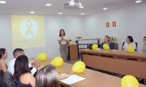 A palestrante, a psicóloga Laura Cristina Campos, destacou a importância das discussões sobre a saúde mental