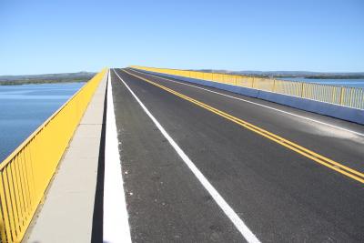 Atualmente, a ponte existente na região possui tráfego limitado para veículos de até 3,5 toneladas
