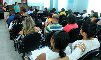 Apresentação dos programas Nacional e Estadual de Educação Fiscal por Andreia Feitosa e Delvane Barros