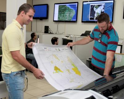 Sala de situação e monitoramento metereológico