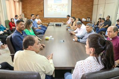 Secretário da Setas e equipe de gestores apresentam ações da pasta