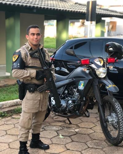 Soldado Bruno entrando de Serviço na Força Tática da Polícia Militar.