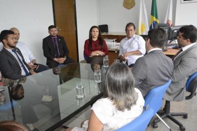 SSP recebe presidente da OABTO e mãe de advogado assassinado sobre recaptura de suspeito do crime