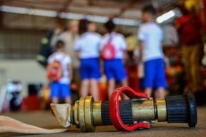 Equipamentos chamaram a atenção das crianças no Corpo de Bombeiros Militar