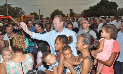 Para Mauro Carlesse, a conclusão dessas unidades habitacionais significa o cumprimento de um compromisso de campanha que vai oportunizar a casa própria e a dignidade para dezenas de famílias