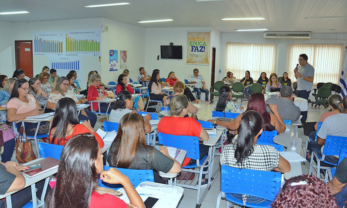 Saúde reforça parceria com os educadores na prevenção de criadouros e no combate Aedes Aegypti
