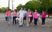 Hábitos como a caminhada previnem o câncer de mama e de colo do útero