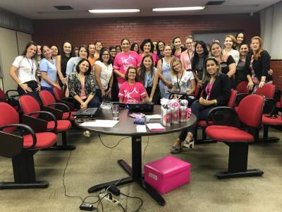 Mulheres da PGE/TO participaram de palestra sobre prevenção ao câncer de mama