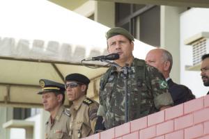 O comandante do 22º BI, coronel Brusch