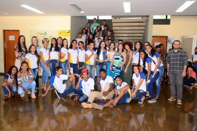 Desta vez visitaram o órgão estudantes das escolas estaduais Beira Rio e Santa Fé, de Palmas