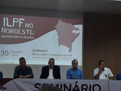 Composição da mesa no seminário ILPF