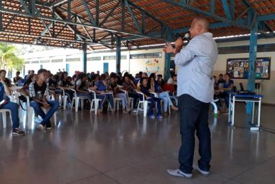 Governo promove palestras para estudantes de escolas municipais