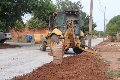 Ruas do Setor Taquari já recebem asfalto novo feito pelo Governo do Estado
