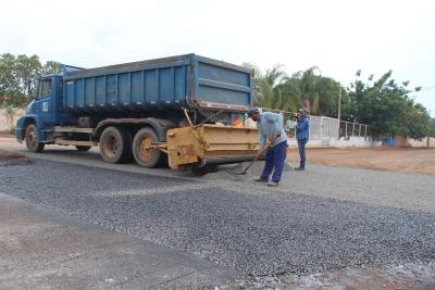 Chegada do asfalto deixa morados do Setor Taquari confiantes no futuro