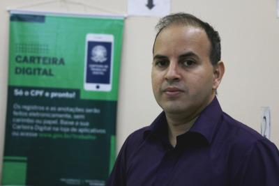 O representante da Superintendência Regional do Trabalho do Tocantins, Rafael Bezerra, disse que a Carteira Digital deverá substituir a física