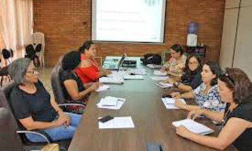 Técnicos da Secretaria de Trabalho e Desenvolvimento Social (Setas) discutem sobre acesso e permanência dos beneficiários do BPC na escola