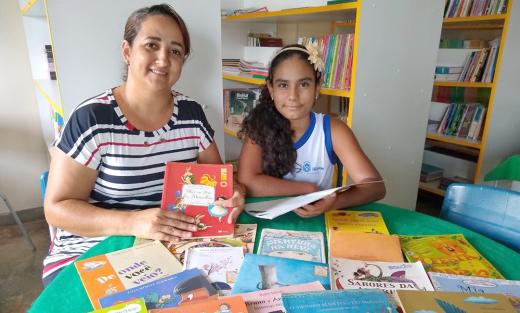 Anne Priscila tem a orientação da professora Luzimar Soares Nogueira