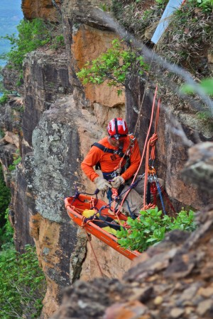 Qualificação permite que mais bombeiros militares executem buscas e salvamentos em altura