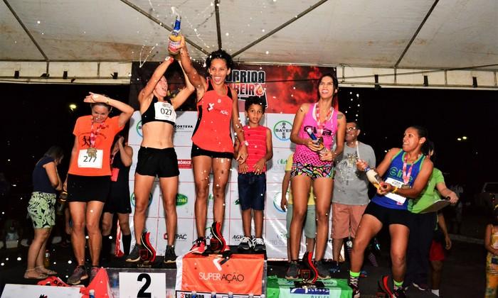 Campeãs da Categoria Geral Feminino Festejam a premiação em Porto Nacional
