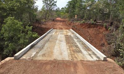 A ponte de 20m foi construída em uma estrada vicinal que liga Palmas a Aparecida do Rio Negro
