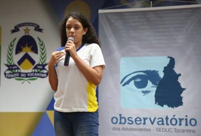 Layane Nogueira Batista se emocionou com os temas apresentados pelas escolas