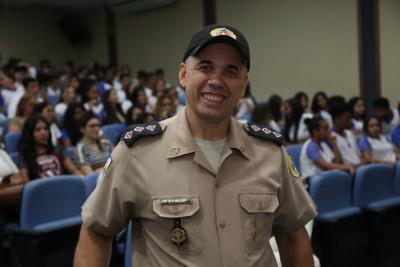 De acordo com Wálber Pereira Lima, é necessário promover ações voltadas para os adolescentes