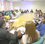Estão reunidos os diretores Regionais de Educação e técnicos que atuam com a Educação Escolar Indígena
