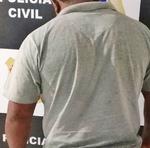 Homem foi autuado em flagrante por posse de arma de fogo e furto qualificado