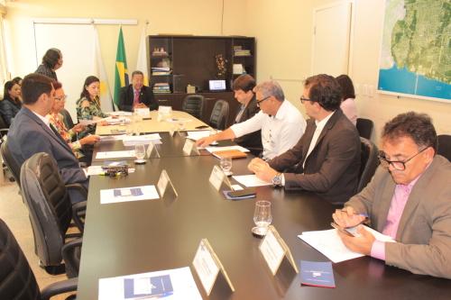 Presidente Tom Lyra e conselheiros do CDE discutem pauta da 90º