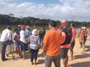 A soltura contou com o Naturatins, Ruraltins, Adapec, colônia de pescadores, associação de barqueiros, ribeirinhos e seguimento religioso__Crédito Aline Vilarinho