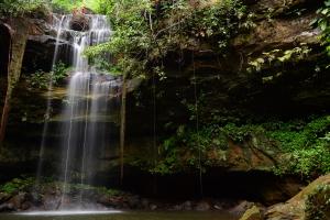 Uso de cachoeiras no período da chuva requer cuidados e alertas da parte dos banhistas