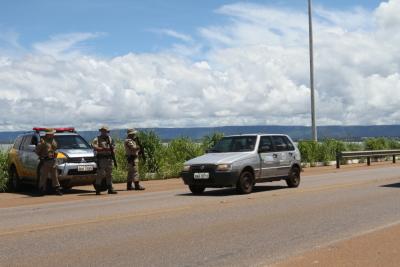 Militares do BPMRED estão atuando na Ponte Fernando Henrique Cardoso, entre Palmas e Distrito de Luzimangues