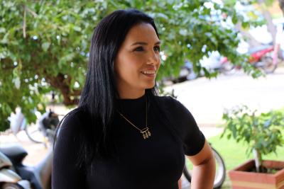 Foto 2 - presidente da Associação de Mães Unidas pelo Social, Cida Gomes (Alexandre Alves)_400.jpg