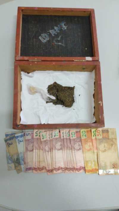 Drogas e dinheiro apreendidos pela Polícia Civil em Itacajá