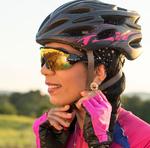 Ciclistas devem utilizar equipamentos de segurança que são obrigatórios: campainha, sinalização noturna dianteira, traseira, lateral e nos pedais, espelho retrovisor do lado esquerdo